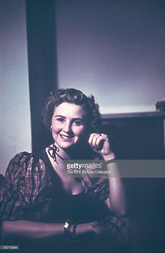Eva Braun 03